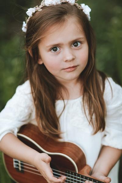 portret dziecięcy sesja plenerowa