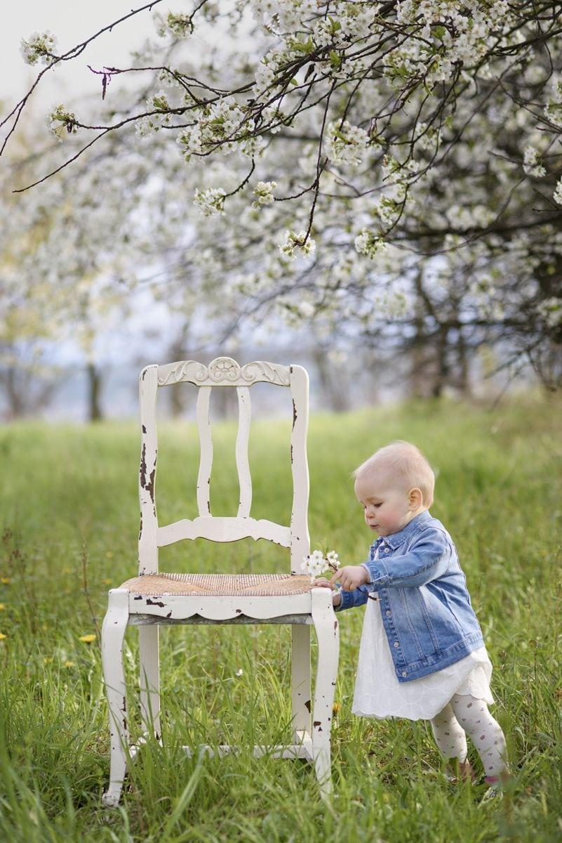 Dziecko na rodzinne sesji plenerowej