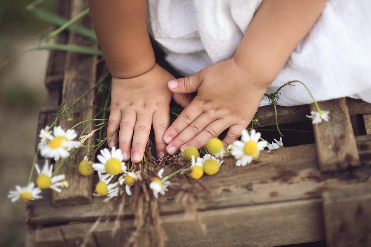 obiektyw makro na dziecięcej sesji
