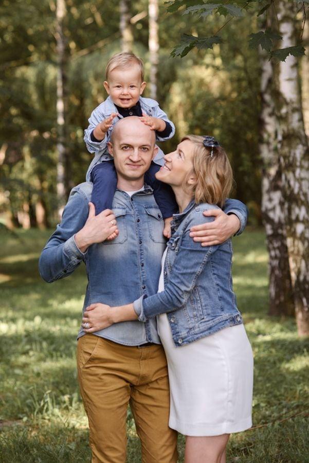 sesja ciążowa rodzina w parku